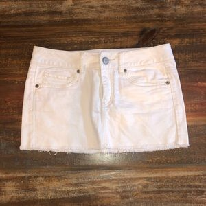 American eagle white denim skirt